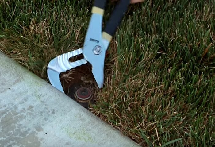 What to do if a Sprinkler head is Not Rotating